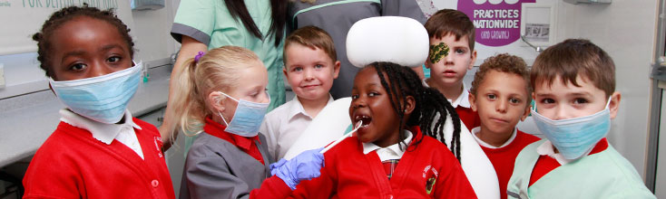 Kids club mobile dentist travels to primary school in Ordsall